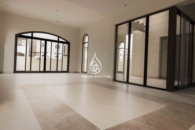 Front of Park - 4 Bedroom Townhouse for Sale in Mudon.