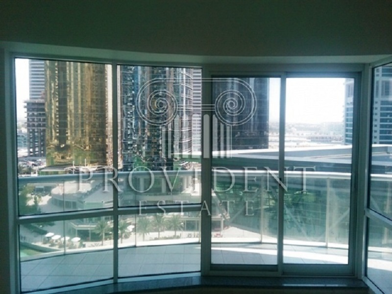 Vacant, Never Been Used Apt, High Floor, Lake view