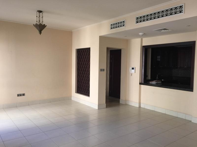 Vintage Arabian Style 2BR,Close to Mall