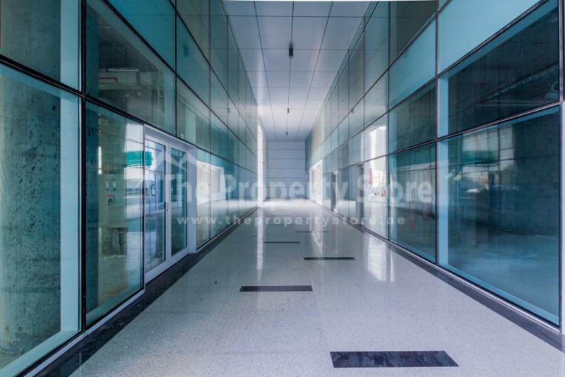 prime-retail-space-facing-szr-2-mins-from-metro
