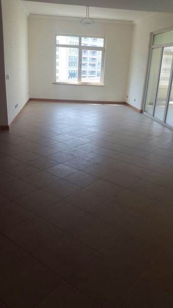 Apartment / Flat to Rent in Dubai, Emirats