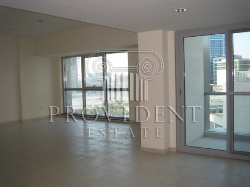 Excellent Layout of 3BR, Near Metro Station