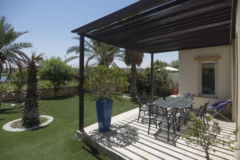 Villa / Property to Rent in Dubai, Emirats
