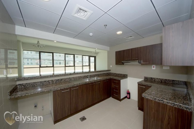 Large 2BR | Golden Mile | Only AED142,500