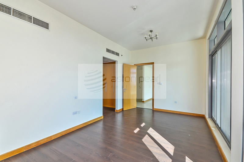 Vacant, 2 BR, On Mid Floor with Sea View