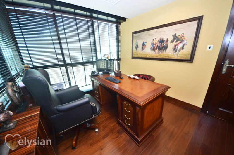 Nice Fully upgraded Office J.B.C 4 J.L.T