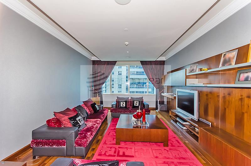 02 Series | 4 BR Penthouse | Half Floor