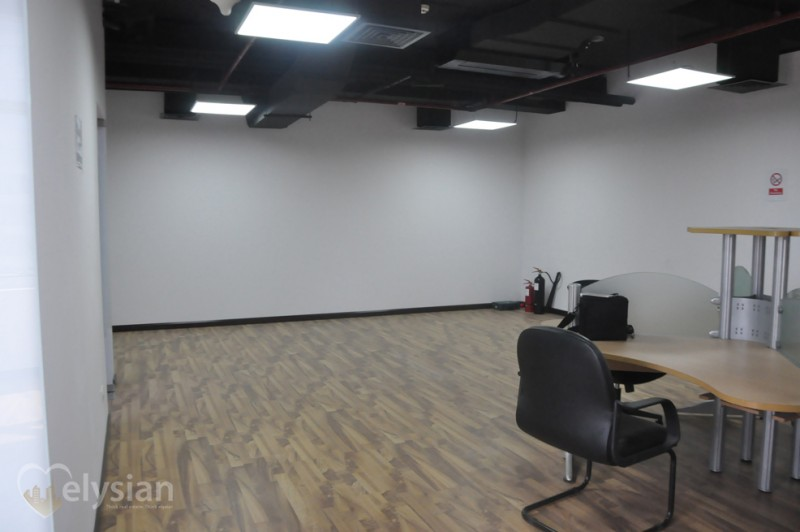 Best Price Fitted Office,Golf, Lake View