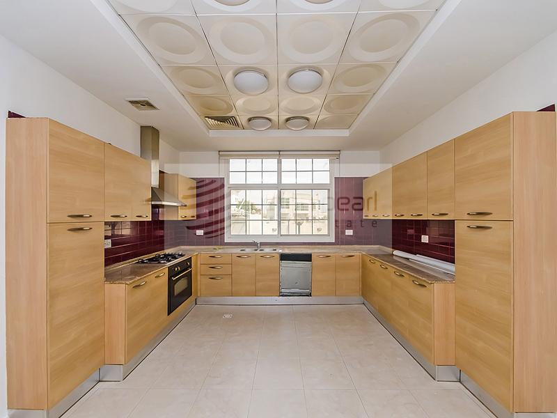Al Barsha Villa   5Br+S+M   Excellent Condition