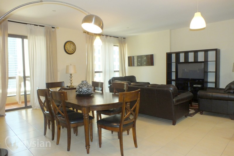 Fully Furnished 1 Bedroom-Hall, vacant!