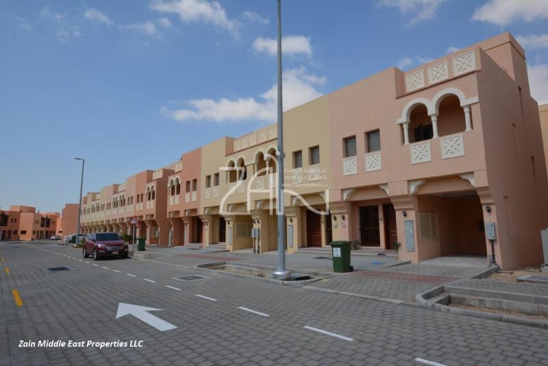 hot-deal-2-br-villa-in-hydra-village-for-rent