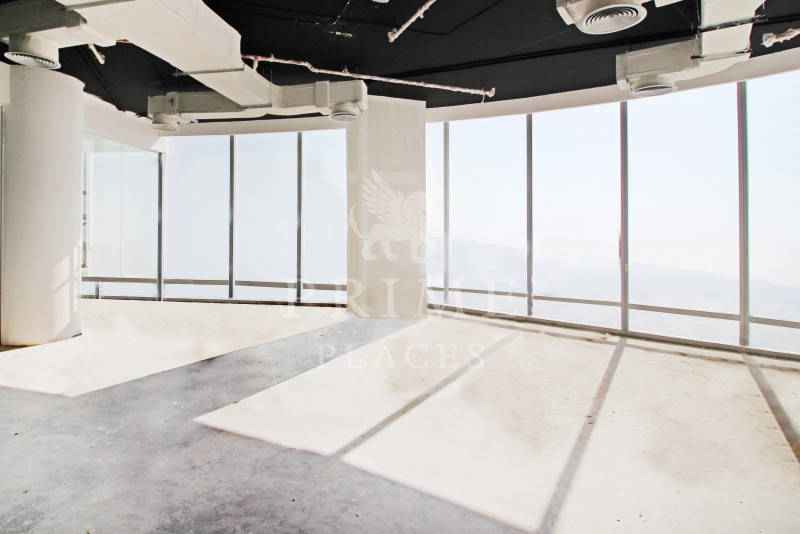 Full Floor | Amazing Fit out | Flexible Terms 7