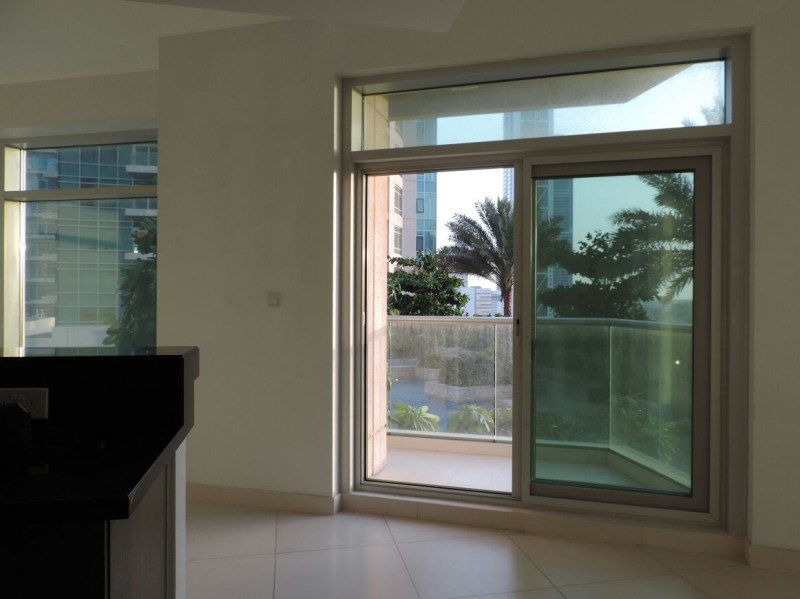 Spacious 1 BR |with Pool View|Lofts East