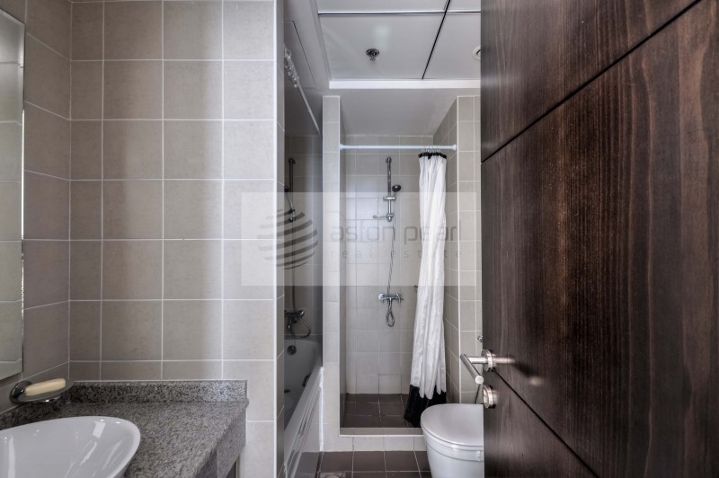 One Month Free - High Floor - 2 Bathroom