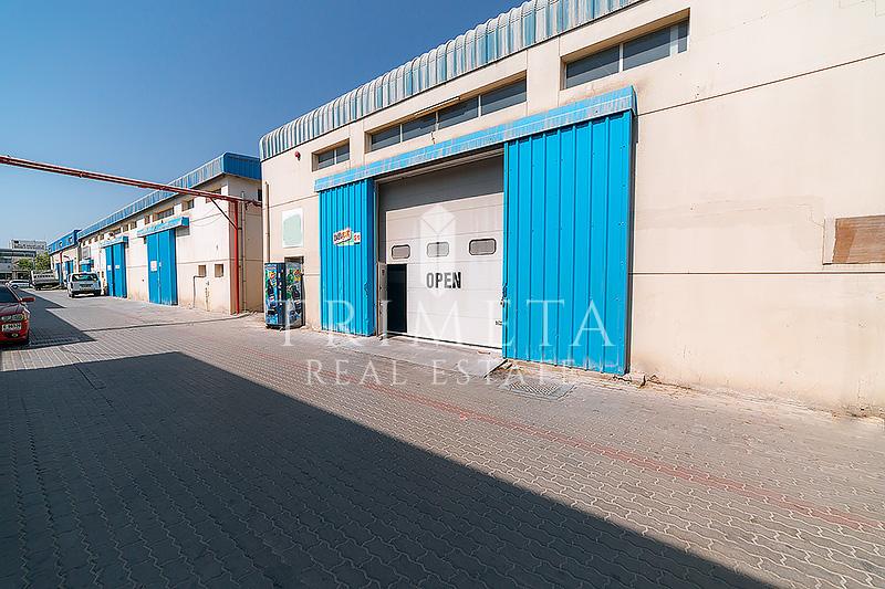semi-fitted-warehouse-ground-mezzanine-al-qouz-1