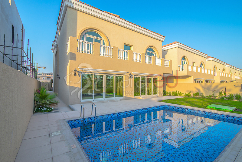 Luxury 5BR Villa|Private Pool|District 12