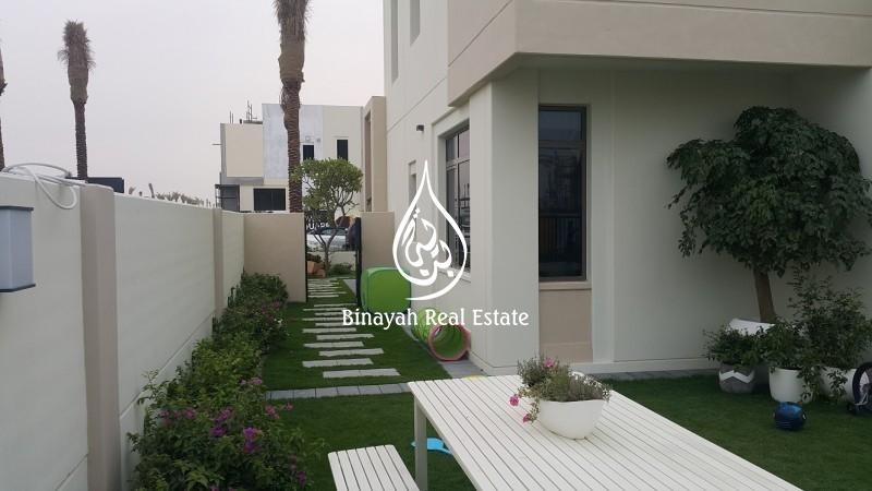 Brand New 3 BR with Pool and Park View Type 01