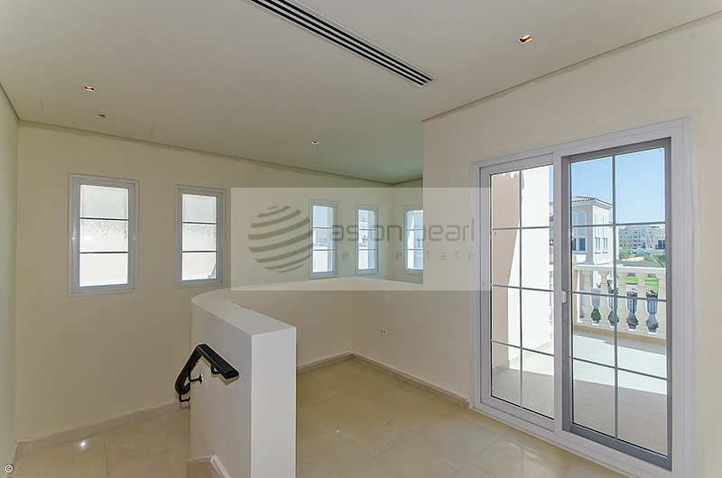 Extendable 3 Bed   Med-Type Family Villa