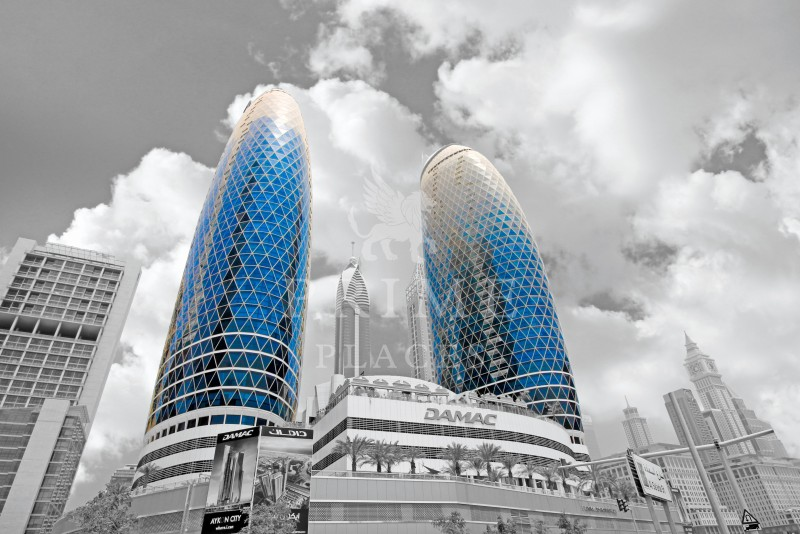 large-office-size-shell-and-core-difc