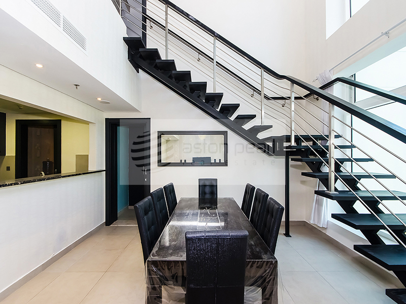 Commission AED5,000/- Up to 6 chqs! Partly Furnished 3 Br+M+S
