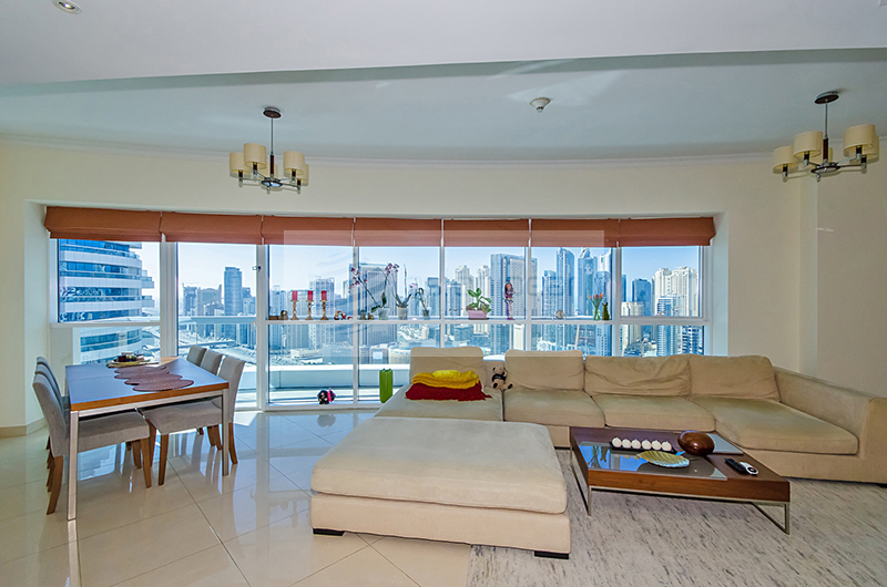 Beautiful 3BR   Stunning View   Vacant on Transfer