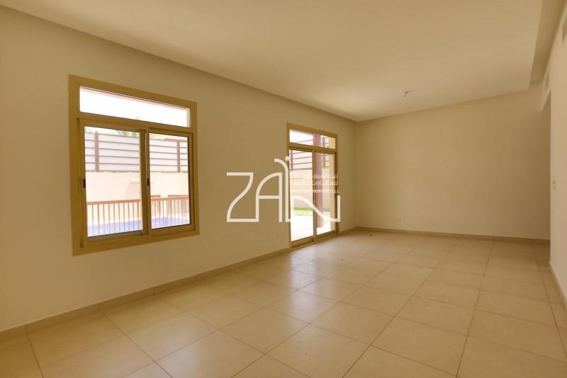 prime-location-5-br-villa-lailak-with-pool