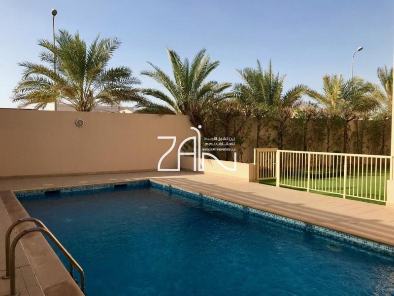 corner-6-br-villa-with-pool-near-mosque