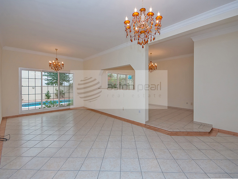 Spaciously Beautiful 5 BR, Private Pool