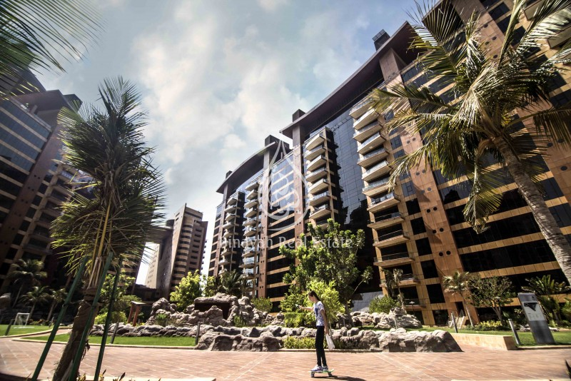 1 BR | Community view | Vacant| 120 K