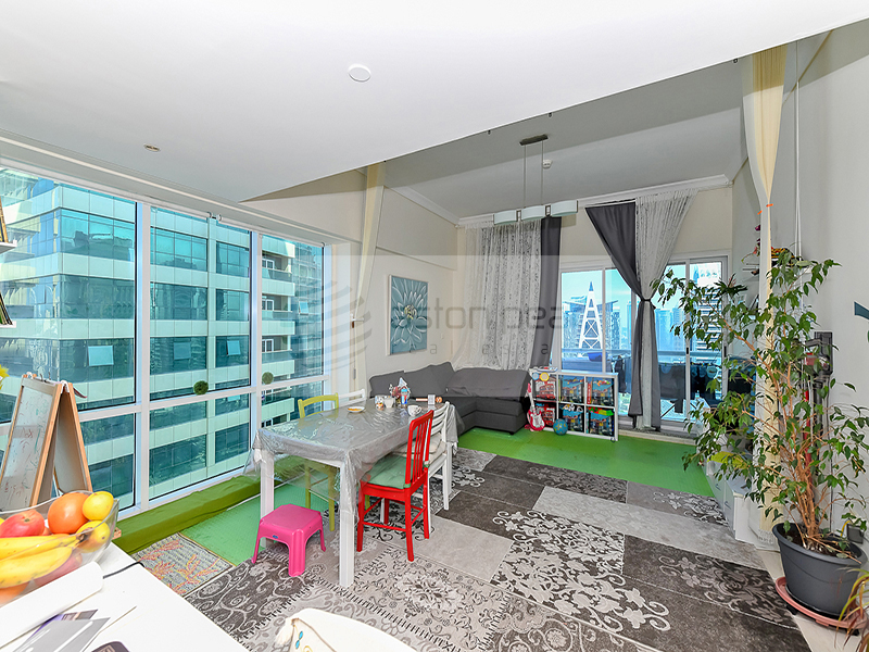 Fully Furnished 1BR, High Floor Next to Metro