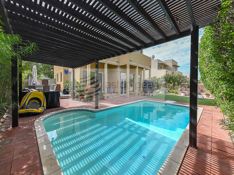 Type 8, Private Pool, Exclusive to Aston Pearl