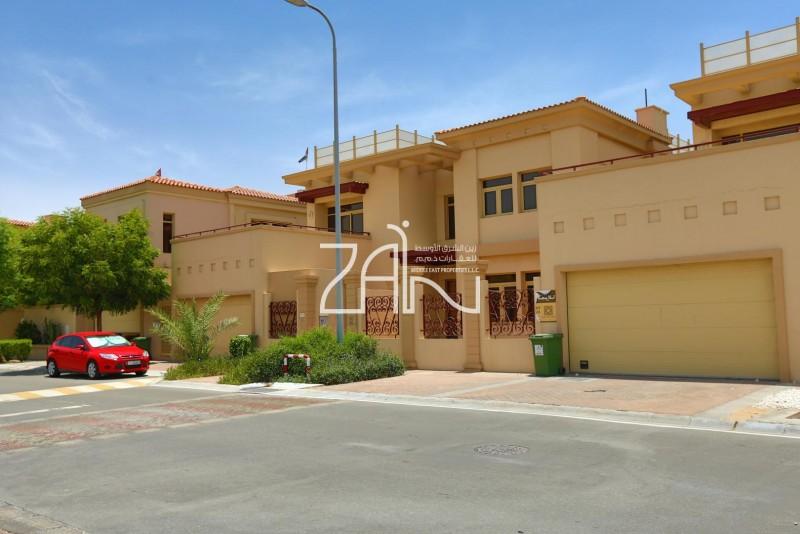 prime-location-5br-villa-with-pool-single-row