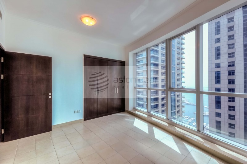 On High Floor - 2 Bathroom - Marina View