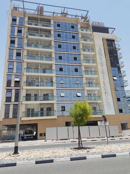 large 1 bedroom with Study Brand New DSO