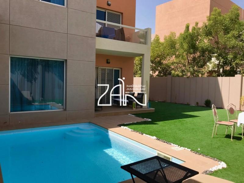 Single Row 5 BR Villa with Pool Big Plot
