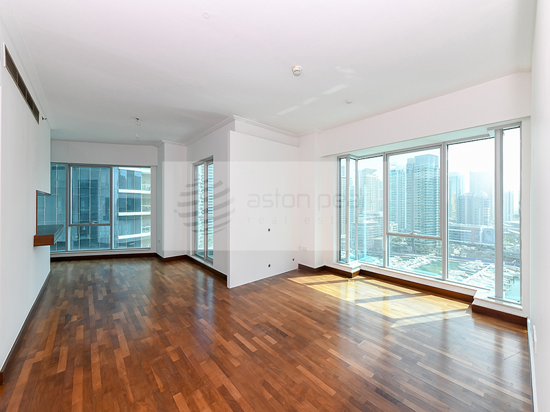 04 - 2 BR, Full Marina View On Mid Floor