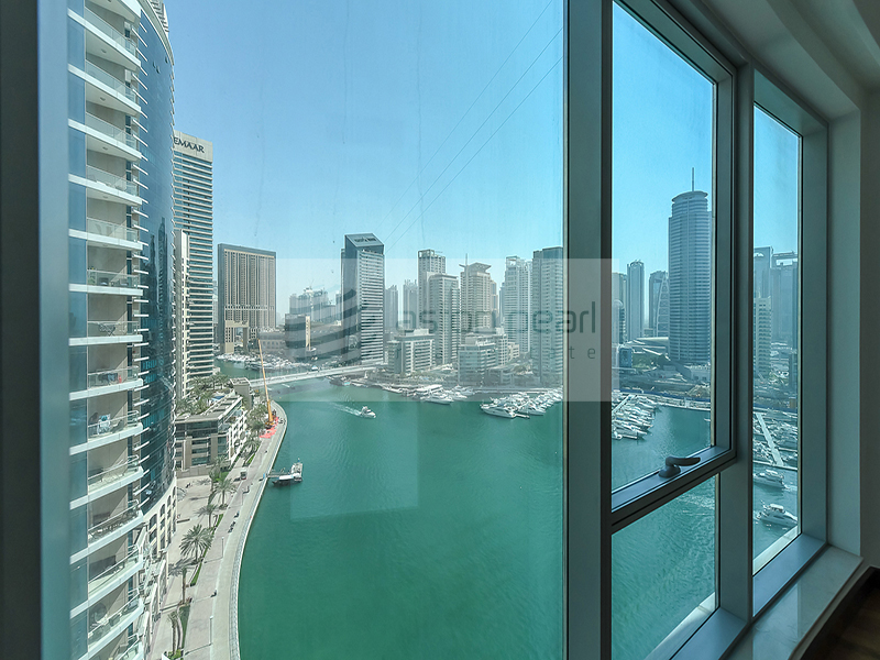 04 Unit - 2 BR , Full Marina View , On Mid Floor