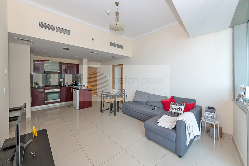 Exclusive 2 Bedroom | Well Maintained Apa