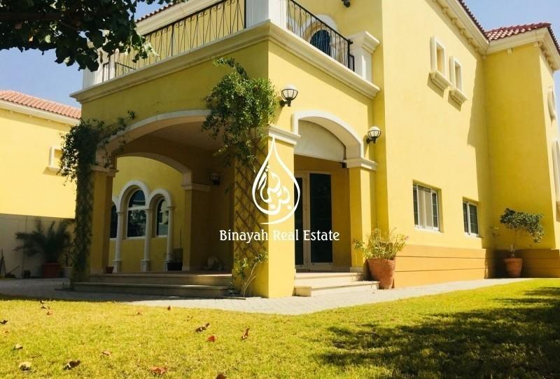 Well maintained Large Legacy Villa 3 BR