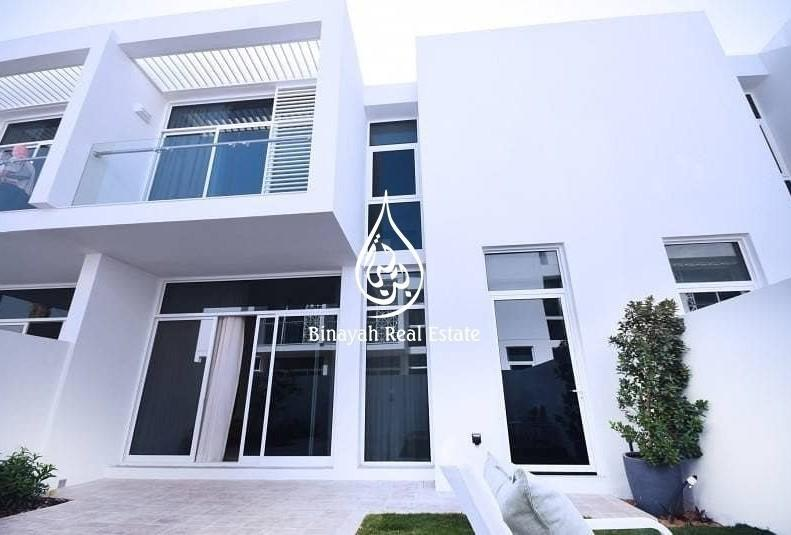 Best Deal! 3BR Townhouse Arabella, Mudon