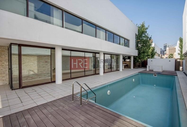 Rent A Fantastic Villa In A Great Location!