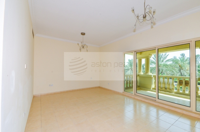 Entertainment Foyer Spanish Style Villa For Sale