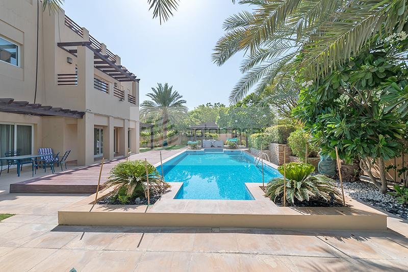 Beautifully Upgraded | 5BR+M Villa | Large Pool