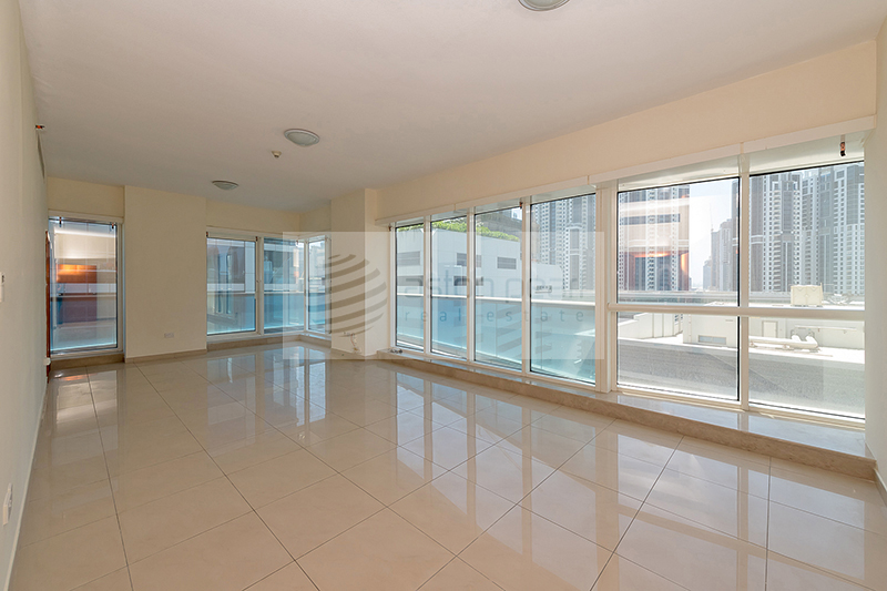One month Free Rent and A/C Large 2BR Unit
