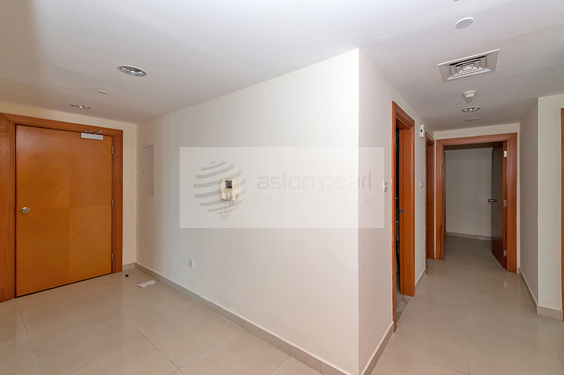 One Month Free Rent and Chiller, 3BR+Maid