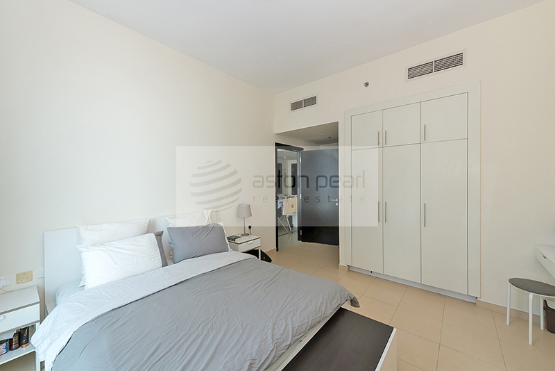Well Maintained 1 Bed - Next to Metro Station