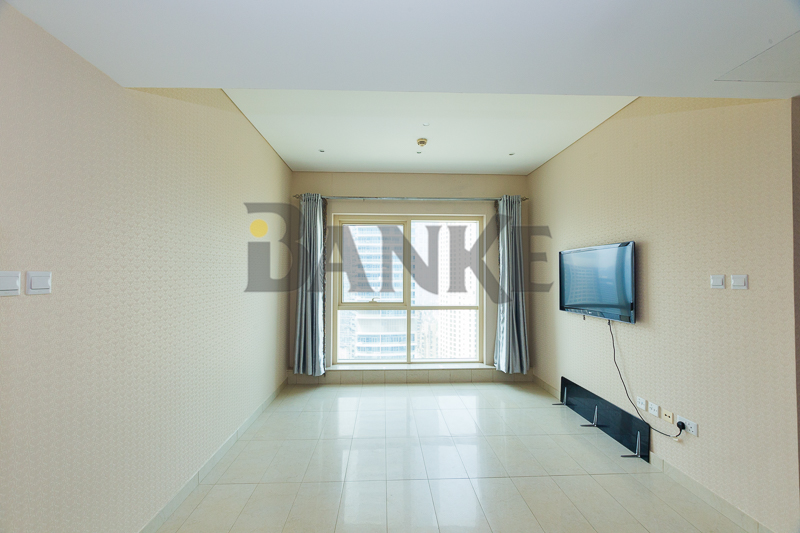 2-bedroom-apartment-with-nice-layout-in-jbr-on-rent