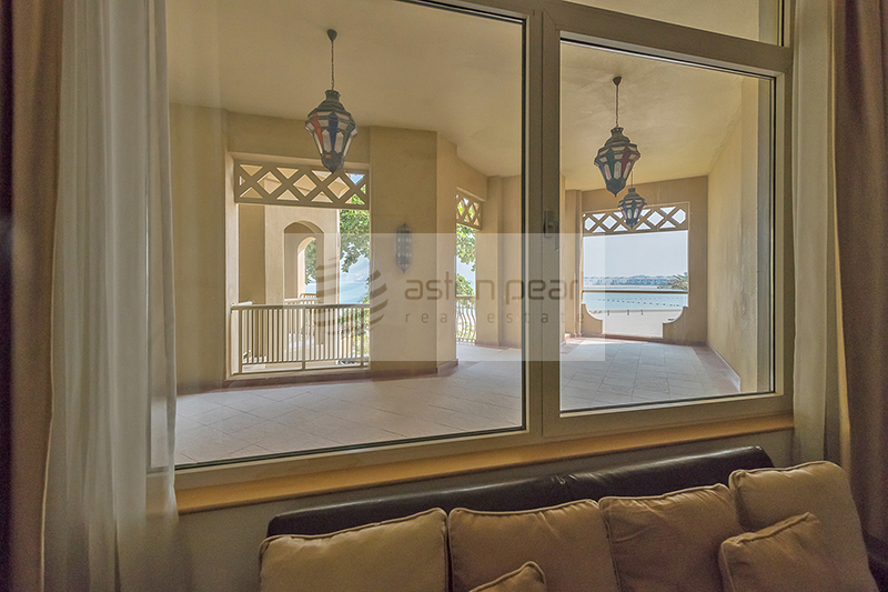 Fully Furnished 1BR| Shoreline| Sea View