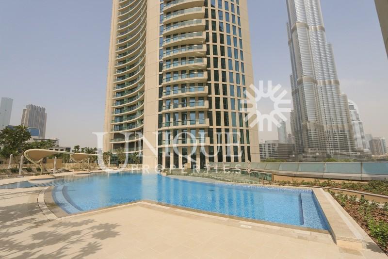 Full Burj Khlifa and Fountain View, Burj Vista