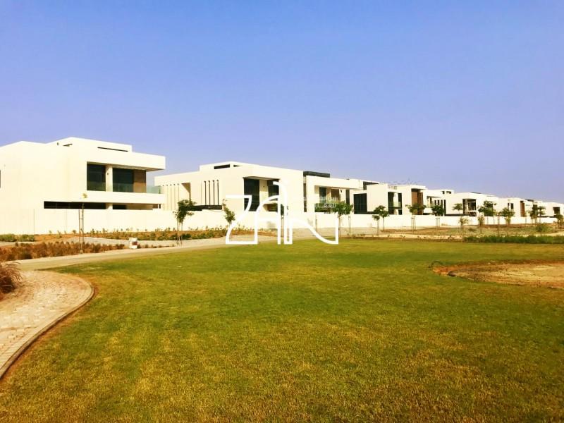 corner-single-row-4-br-villa-garden-view